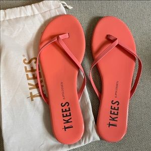 Like-New TKEES Lipglosses Patent Leather, Size 8